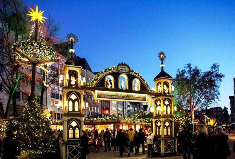 Cologne: Ferris Wheel of Death at Heimat der Heinzel Weihnachtsmarkt