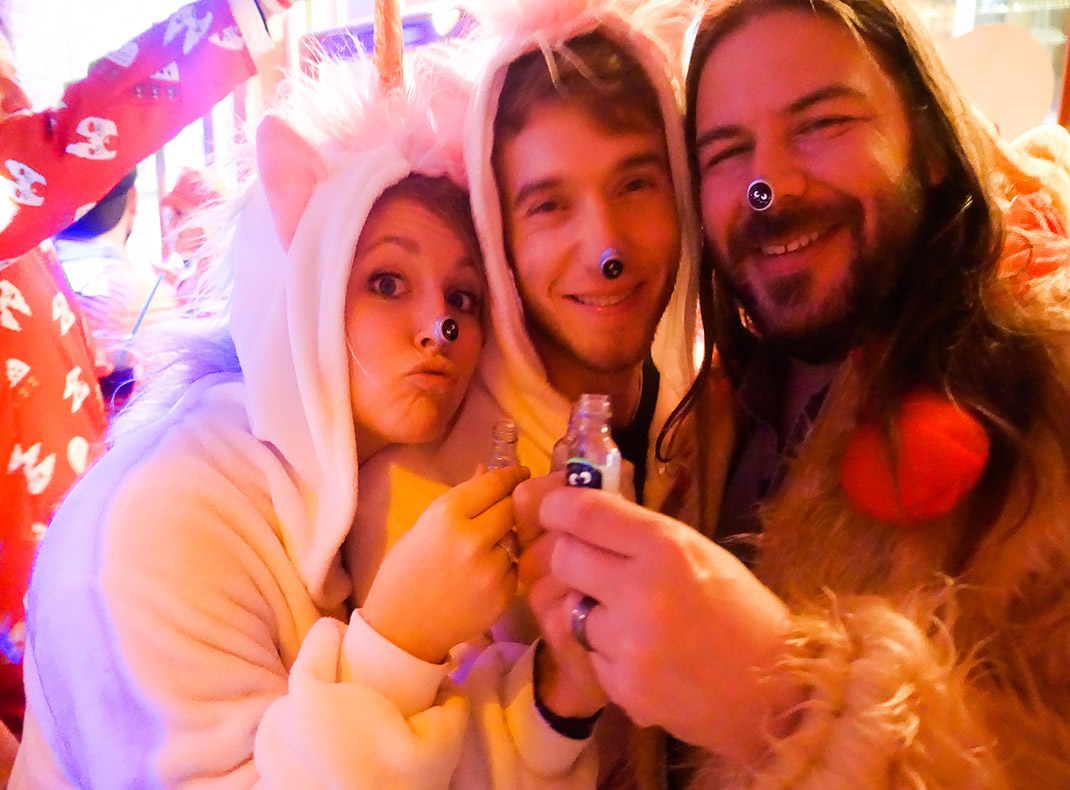 drinking shots with unicorns_cologne carnival